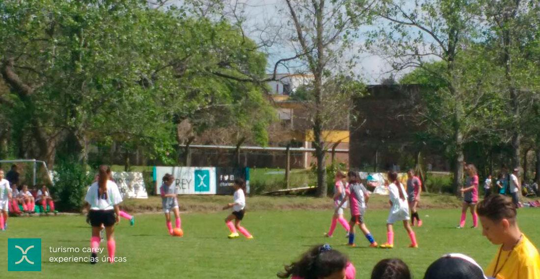 Encuentro nacional de fútbol femenino en Grupo Ekipo